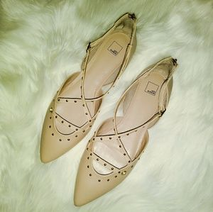 14th & Union Dru Studded Pointy Toe Nude Tan Flats
